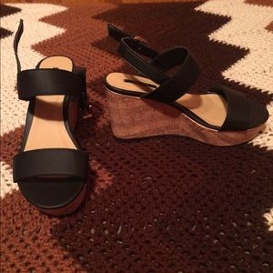 Forever21 black wedges 6.5